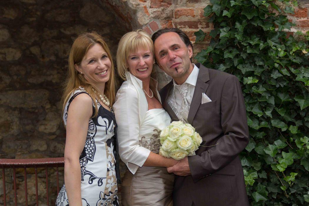 Strahlende Gesichter am Hochzeitstag