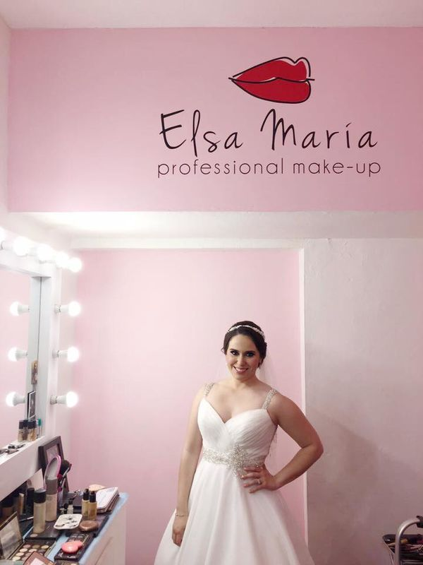 Elsa María Professional Make Up.