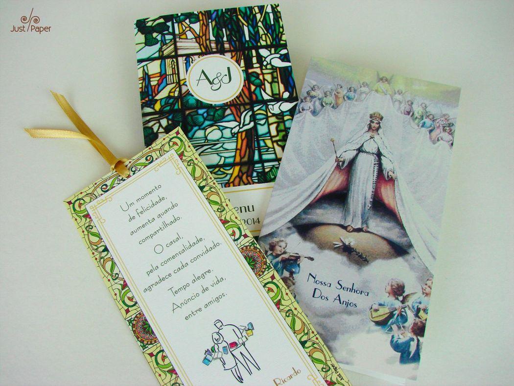 Marcador de página, menu duplo e oração