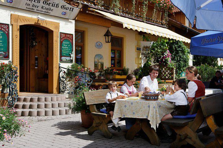 Beispiel: Terrasse, Foto: AKZENT Hotel Alte Linde Wieling.