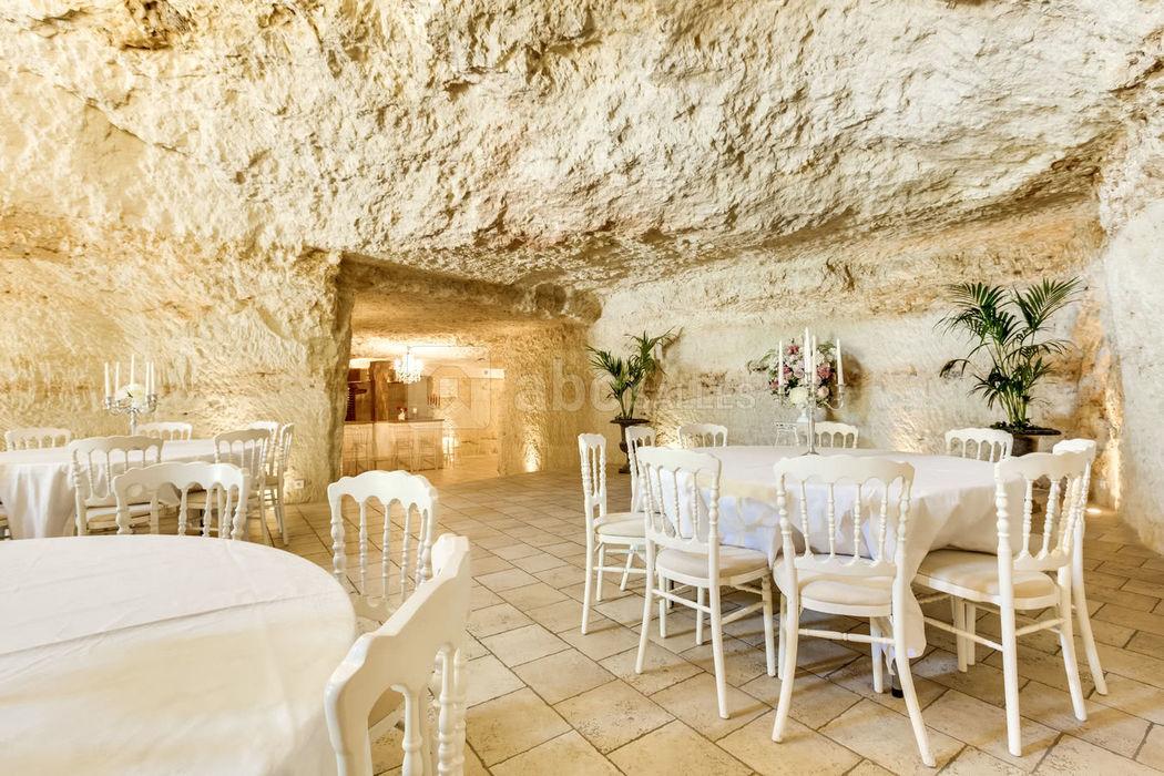 La Grotte de la Roche aux fées
