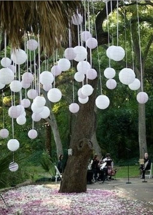 Balões de Papel Brancos