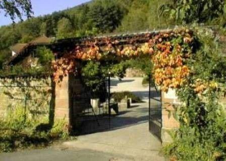 Beispiel: Eingangstor, Foto: Landgut Buschmühle.
