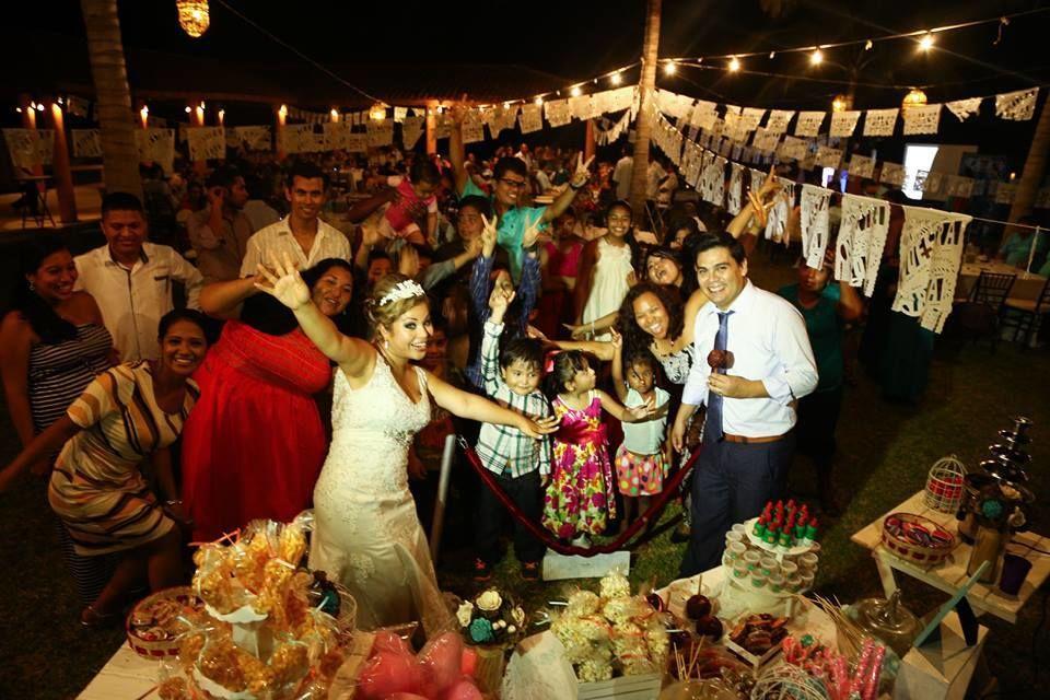 Candy Bar: Boda  Un dulce momento mexicano.