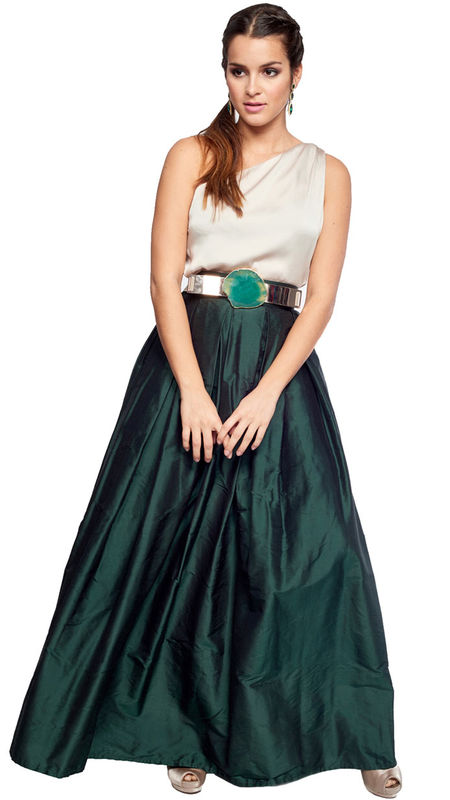 Un conjunto perfecto para tu damas de honor. Disponemos del conjunto en varias tallas : http://www.dresseos.com/alquiler-vestidos-para-fiesta-boda-o-evento-formal/faldas/falda-larga-verde-botella-seda-salvaje-dresseos