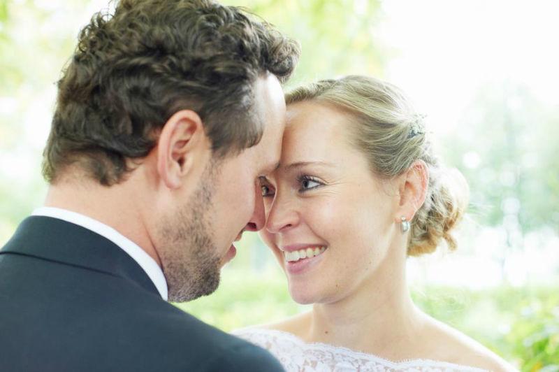 Beispiel: Romantische Hochzeitsfotos, Foto: Katinka Stone.