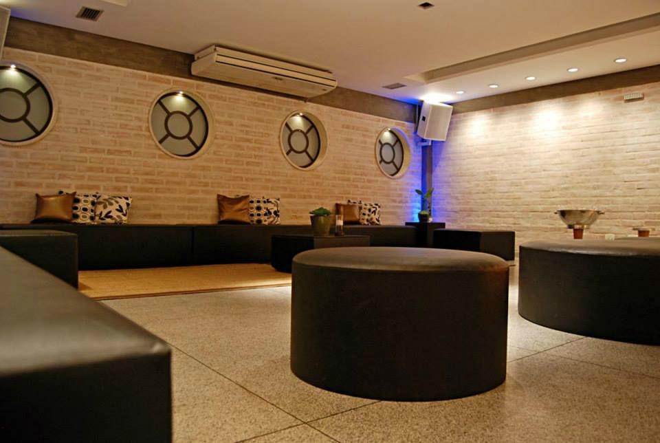 Lounge 444