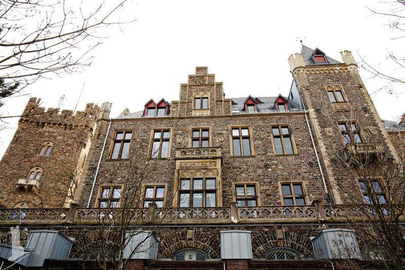 Beispiel: Vorderseite, Foto: Burg Klopp.