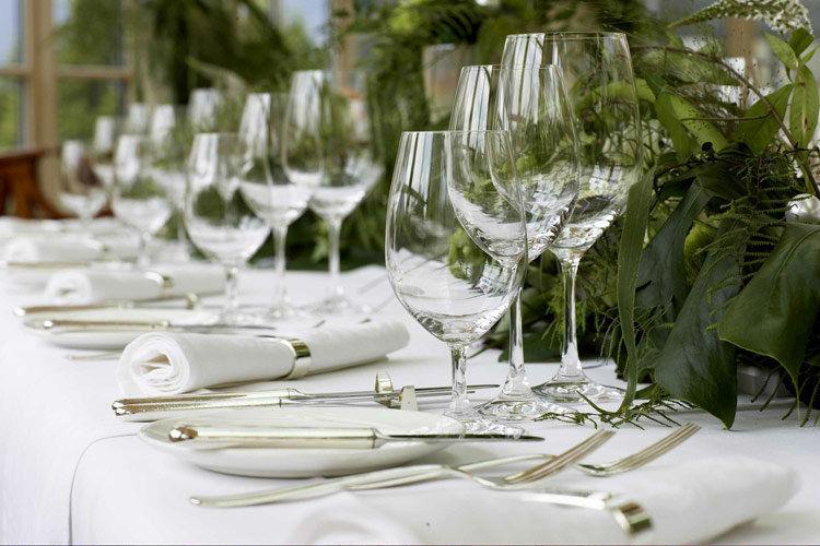Beispiel: Bankett - Tischdekoration, Foto: Interalpen Hotel.