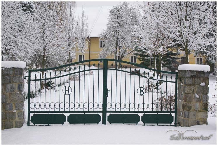 Beispiel: Sallmannhof bei Schnee, Foto: Sallmannhof.
