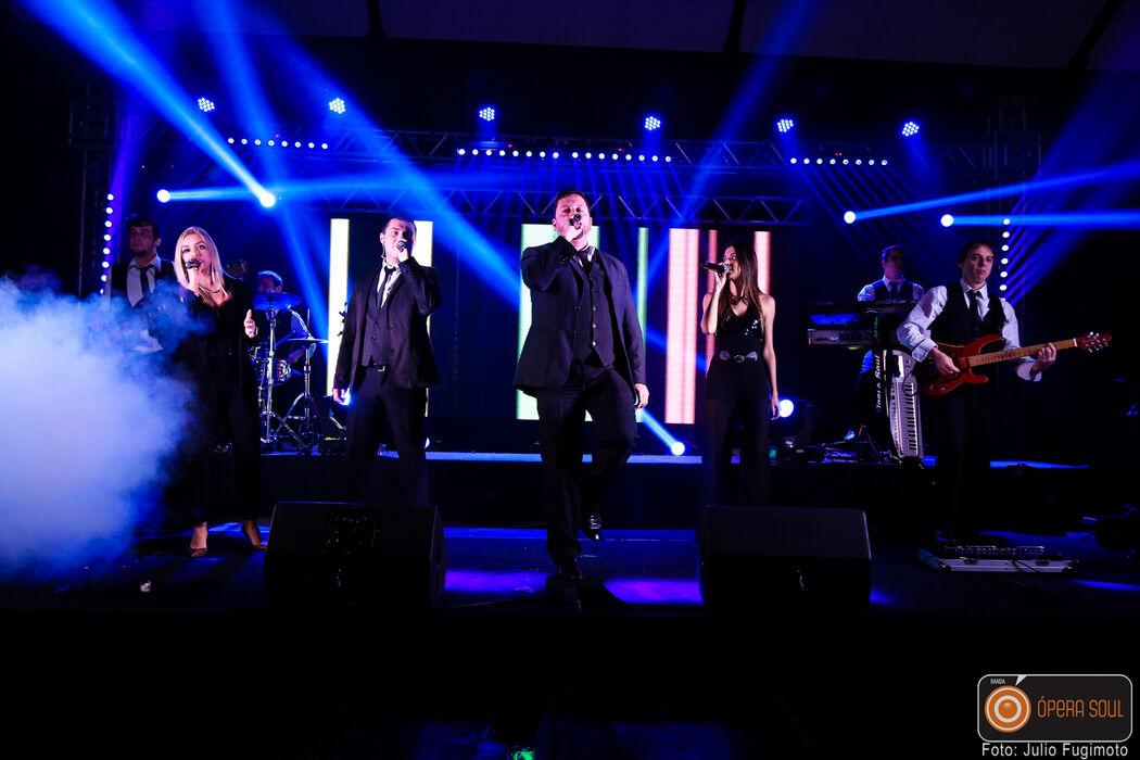 Banda Ópera Soul- Casamento no Espaço Armazém