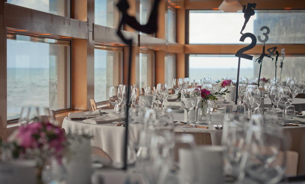 Comedor con vistas al mar