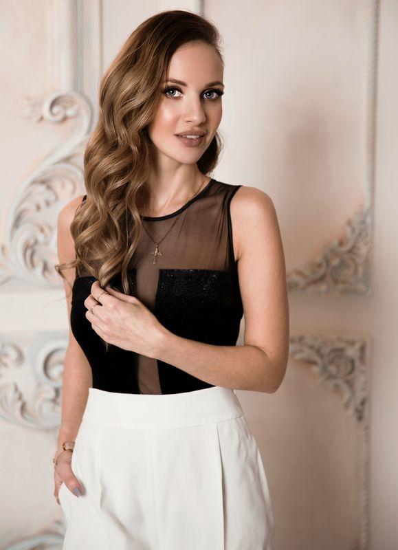 Мария Любимова стилист