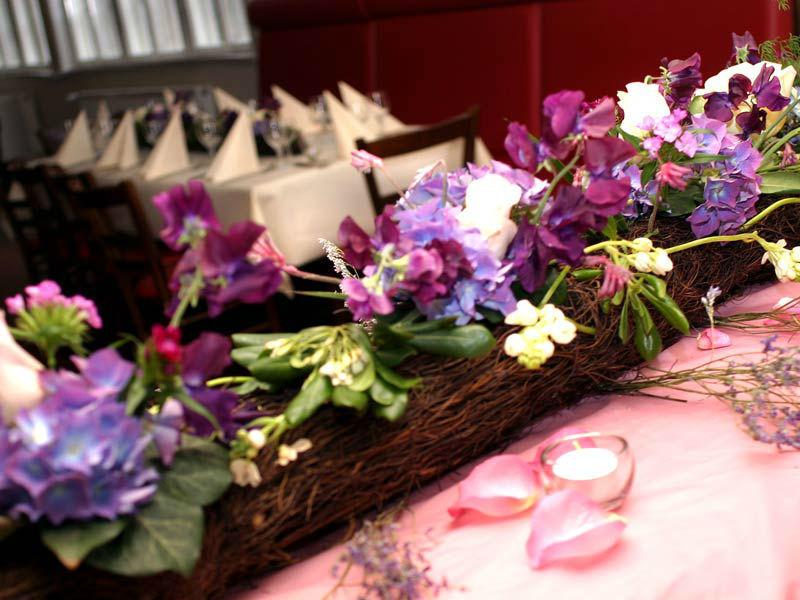 Beispiel: Blumendekoration, Foto: Das Bauernhaus.