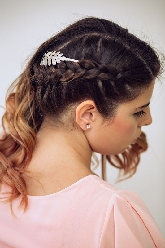 Peinado juvenil con trenza. Nuria Villa · Makeup Studio