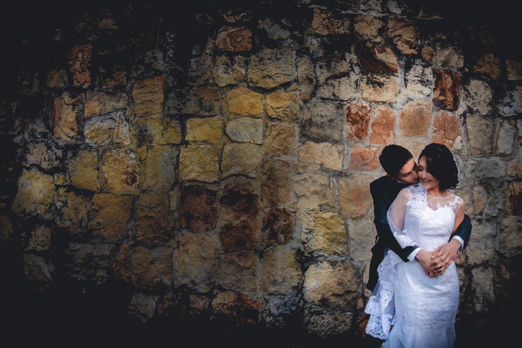 Sesion photo shoot maquillaje, LAverdieri, #fotografoenbogota #fotografodestino #fotografodearte #fineartphotography Subachoque, wedding planner