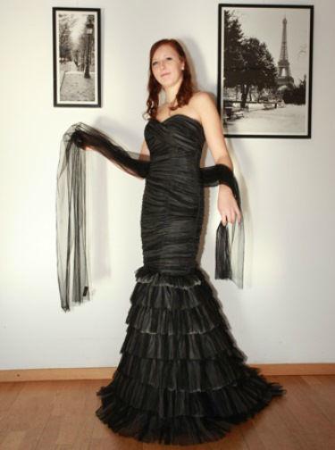Beispiel: Festmode, Foto: Traut euch Brautsalon Festmode.