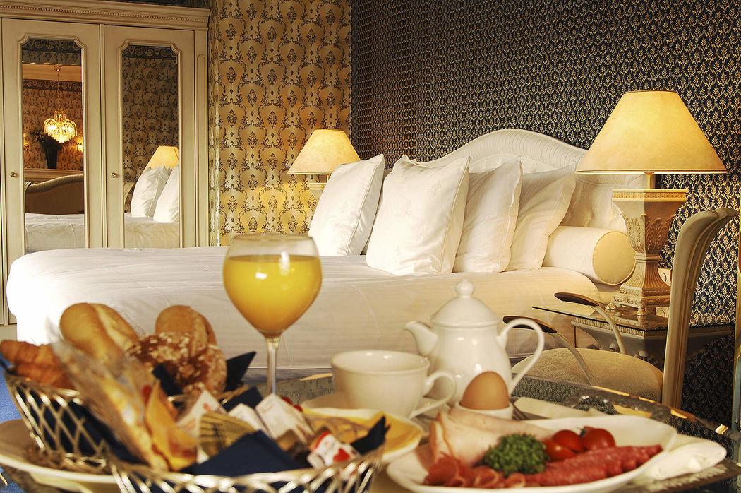 Fletcher Hotel Restaurant De Hunzebergen