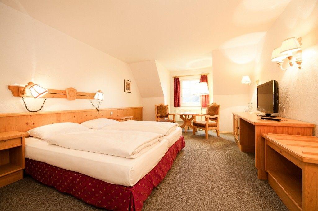 Beispiel: Hotelzimmer, Foto: Landhotel Altes Zollhaus.