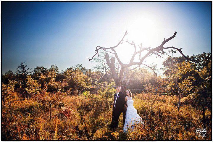 Beispiel: Hochzeitsfotos mit wunderschöner Kulisse, Foto: Kajul Photography.