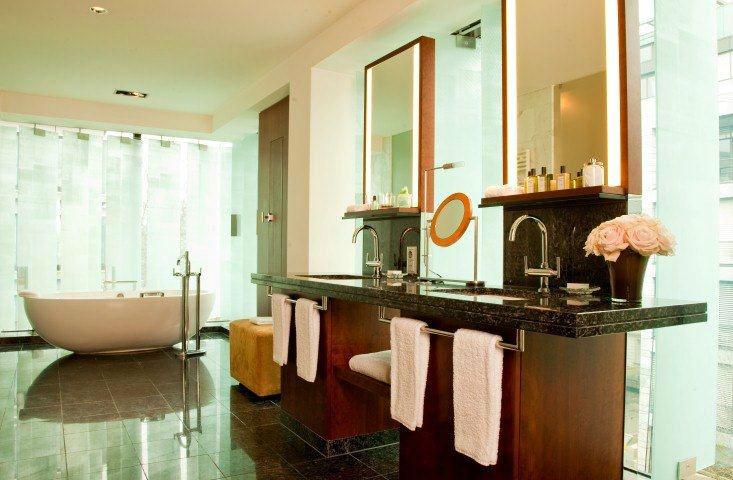 Beispiel: Park Suite - Badezimmer, Foto: Park Hyatt Zürich Hotel.