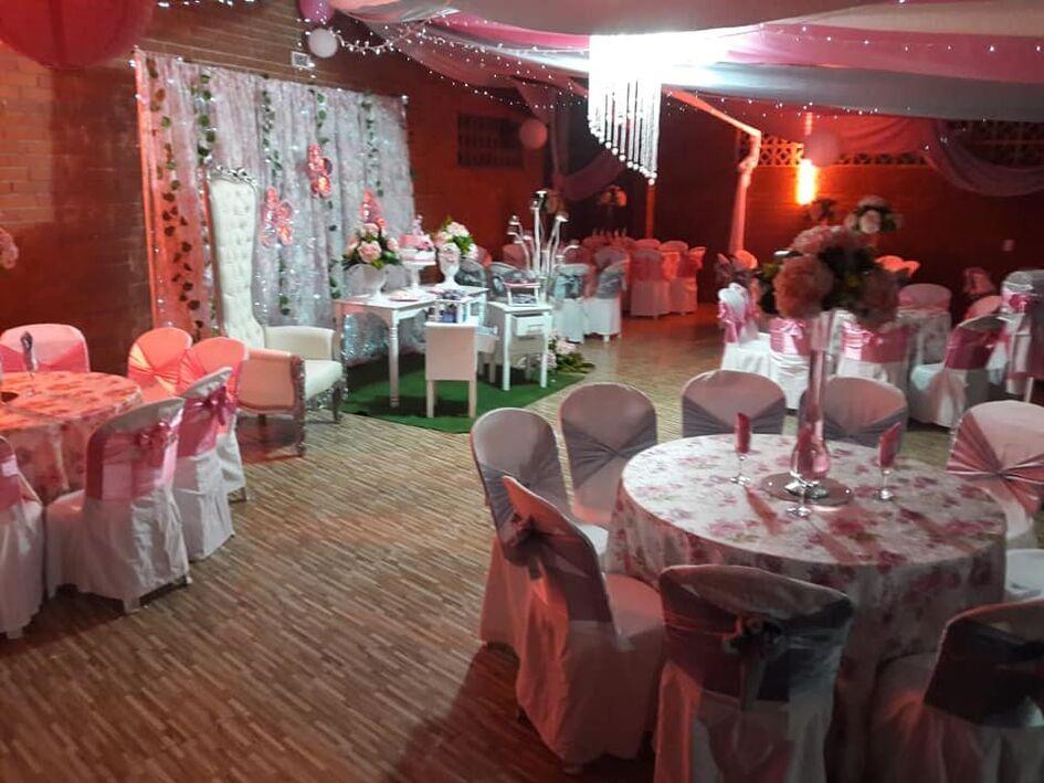 Casa Y Salon De Eventos Los Gino's
