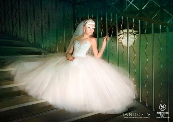 Suknie ślubne w salonie Langoria