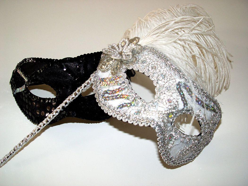 Máscaras noivois para animar a pista - temos também para convidados