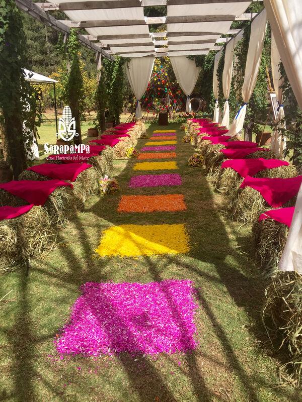 Altar Matrimonio Civil - Rustic Peruvian Chic Wedding
