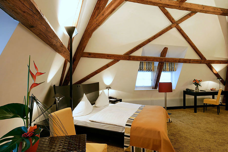 Beispiel: Juniorsuite, Foto: Sonne Romantik Seehotel.