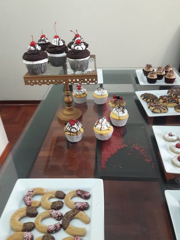 Kheyla Fernandez Cake & Bake