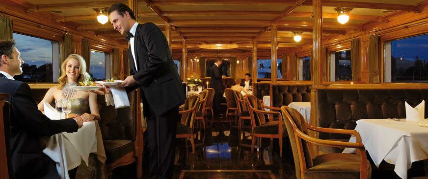 Beispiel: Restaurant, Foto: Hohentwiel Schifffahrtsgesellschaft.