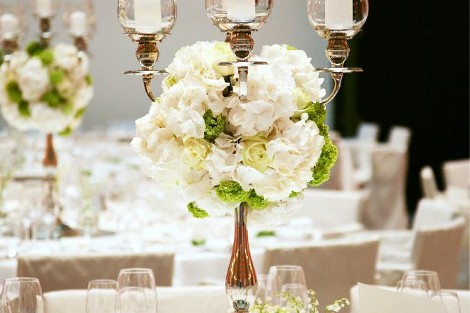 Beispiel: Blumenschmuck vom Designer, Foto: Marsano Blumen.
