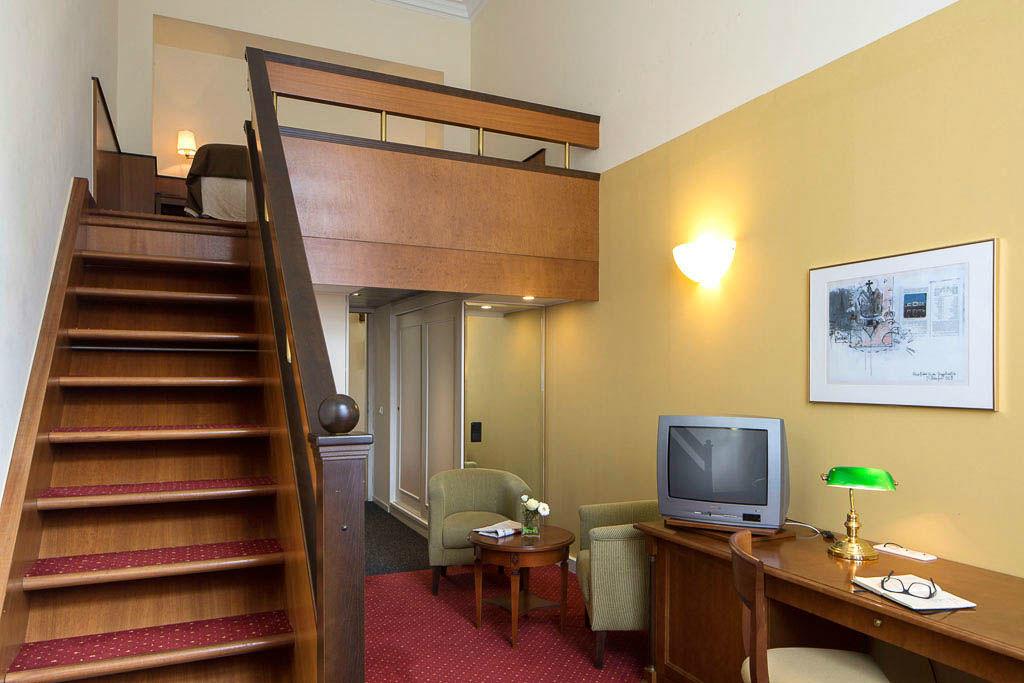 Beispiel: Hotelzimmer, Foto: Austria Trend Hotel Schloss Wilhelminenberg.