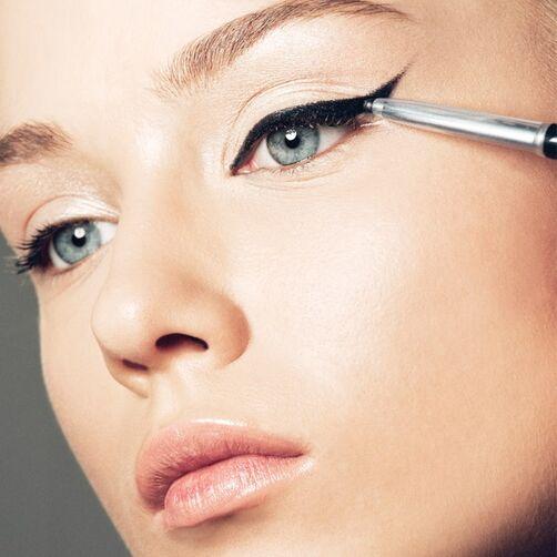 Artemisia Make up