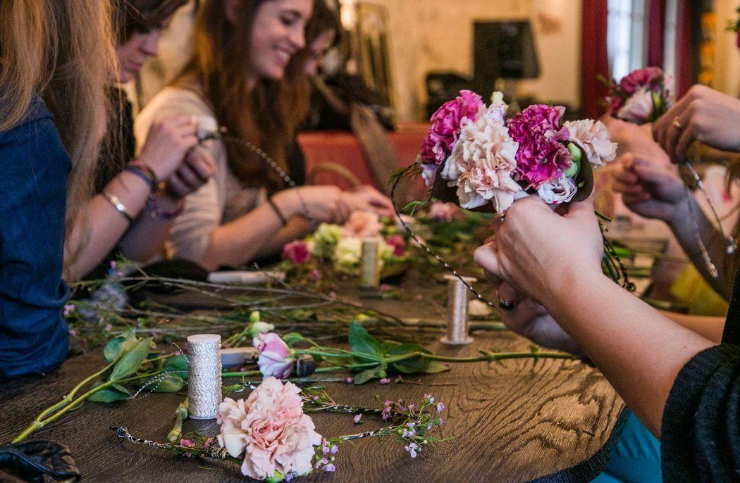 Des Bulles Dans Les Branches Enterrement de vie de jeune fille atelier floral (credit photo: Ludivine Nakedcat)