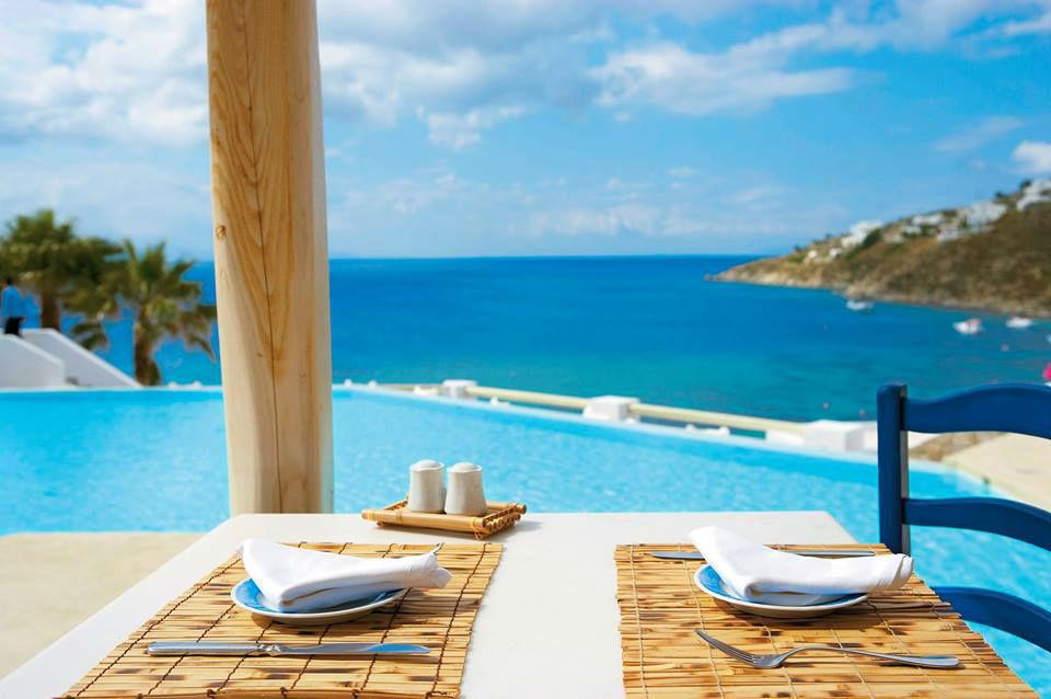 Beispiel: Entspannung pur am Pool, Foto: TUI.