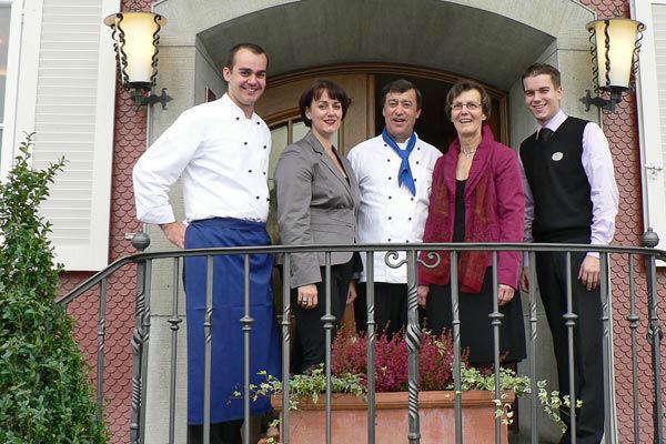 Beispiel: Das Team, Familie Frei, Foto: Landgasthof Wartegg.