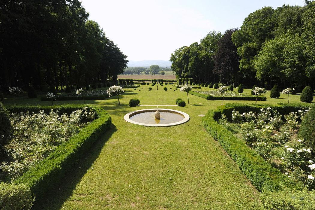 Château de Chavagneux- les jardins à la française