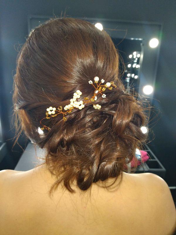 Zaira Henao Makeup Artist and Hair Styling