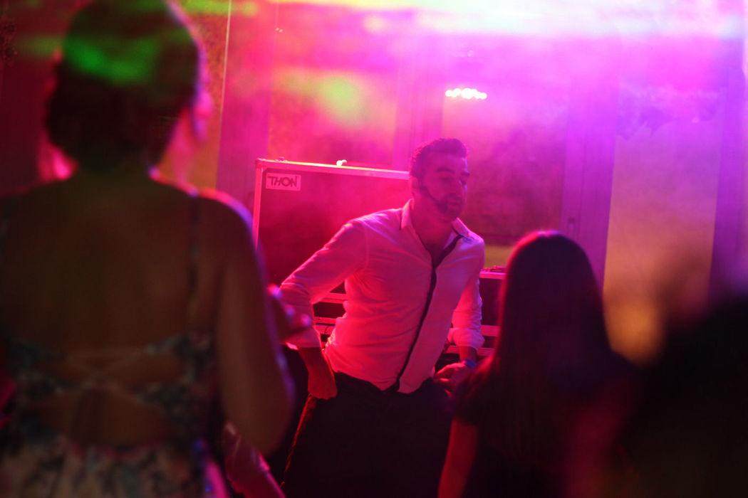 Algunos bailes grupales