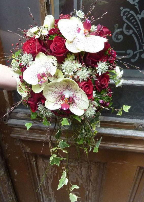 Beispiel: Der Strauß für Ihren großen Tag, Foto: Blumenstube Rath.