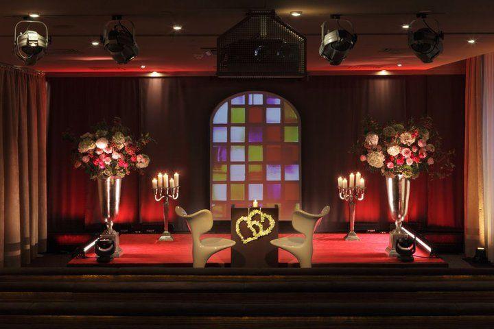 Beispiel: Hochzeitsarrangement, Foto: East Hotel.