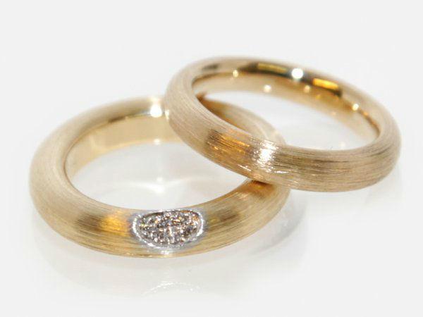 Beispiel: Ringe für Ihren schönsten Tag, Foto: Meyer Schmuck Design.