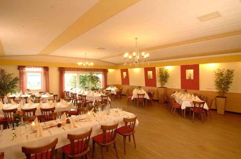 Beispiel: Räumlichkeiten für Feste, Foto: Café Steintormarsch.