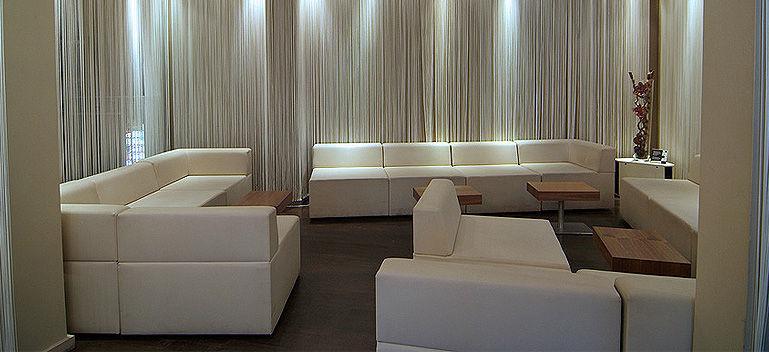 Beispiel: Verleih von Eventmöbeln, Foto: Select Catering.