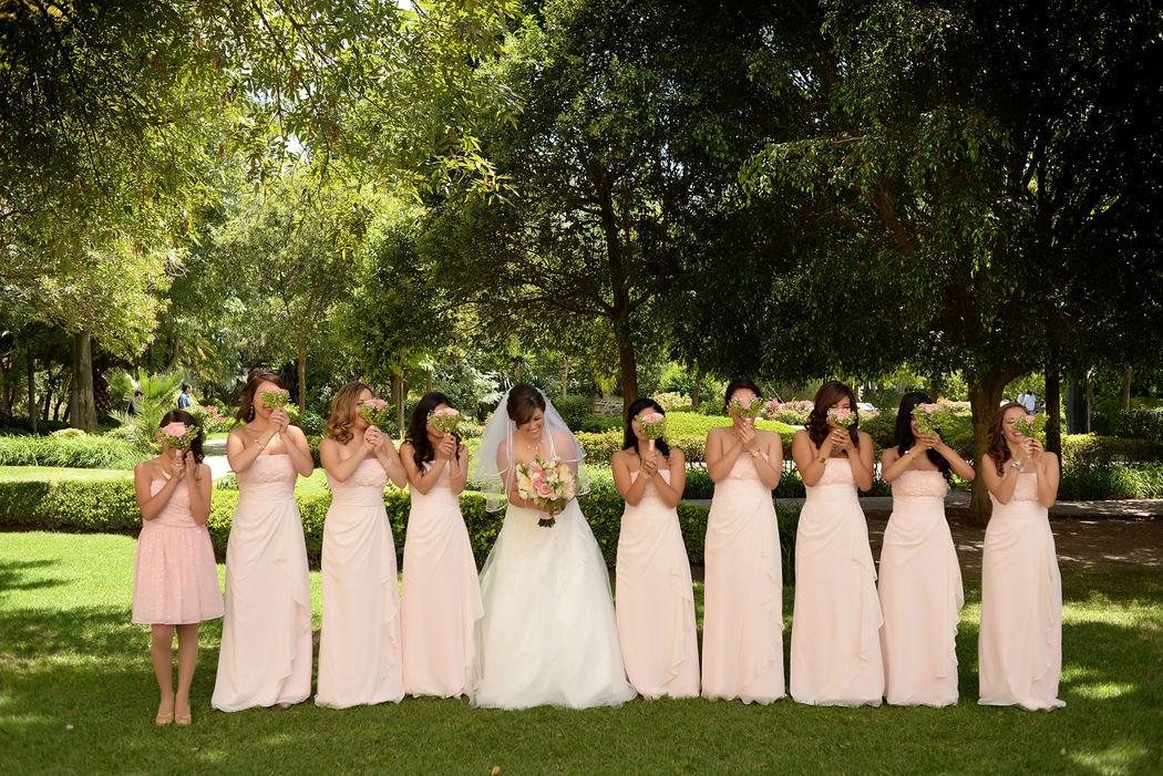 sesión de novia con sus damas