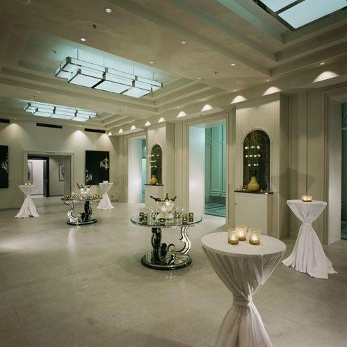 Beispiel: Sektempfang, Foto: Hotel de Rome.