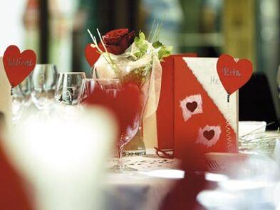 Beispiel: Tischdekoration Hochzeit, Foto: Buhlsche Mühle.