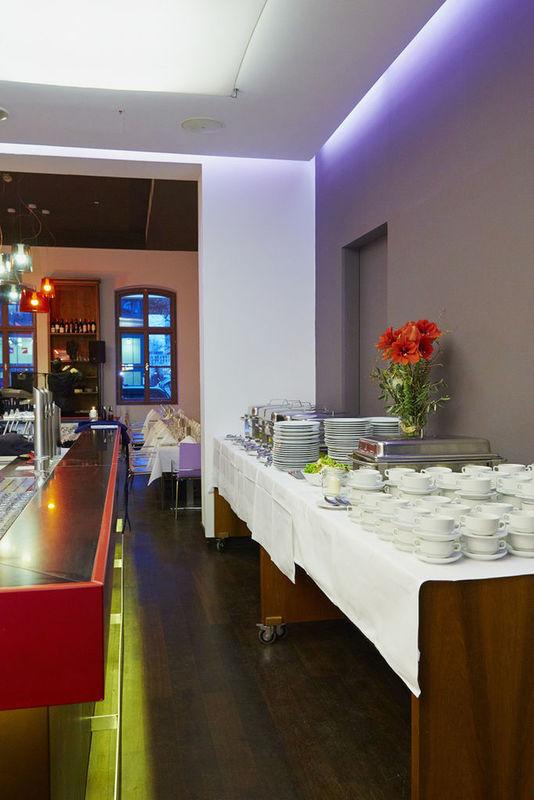 Beispiel: Hochzeitsbuffet, Foto: Marx Restauration.